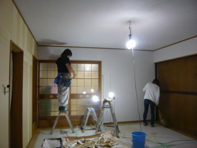 22 生口島 N様邸 リフォーム(タカラキッチン(L型)、クロス張替、床張替、天井張替、額縁塗装) べんりMAN 15