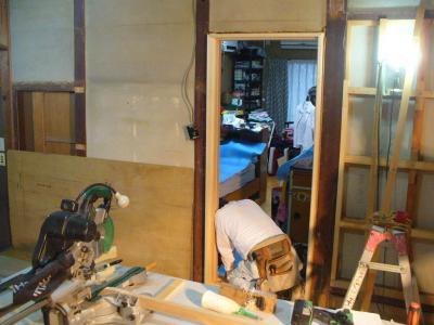 20 生口島 N様邸 リフォーム(タカラキッチン(L型)、クロス張替、床張替、天井張替、額縁塗装) べんりMAN 15