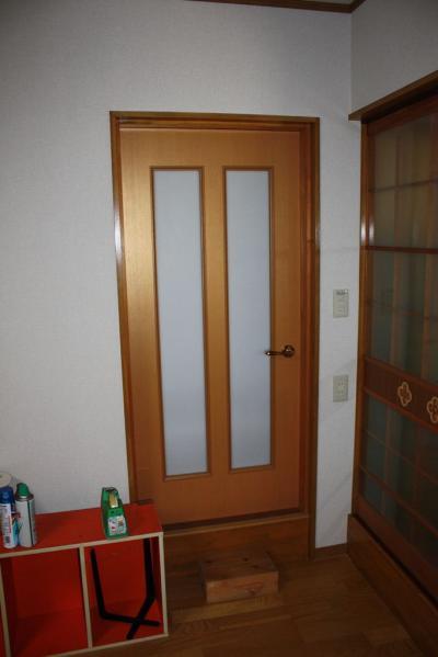 32 生口島 N様邸 リフォーム(タカラキッチン(L型)、クロス張替、床張替、天井張替、額縁塗装) べんりMAN 15