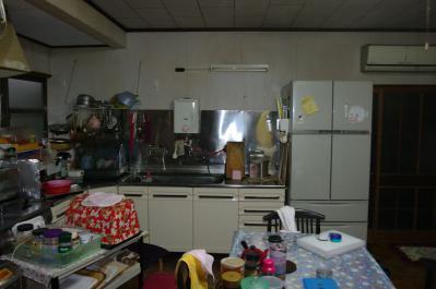 52 生口島 N様邸 リフォーム(タカラキッチン(L型)、クロス張替、床張替、天井張替、額縁塗装) べんりMAN 15