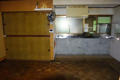 58 生口島 N様邸 リフォーム(タカラキッチン(L型)、クロス張替、床張替、天井張替、額縁塗装) べんりMAN 15