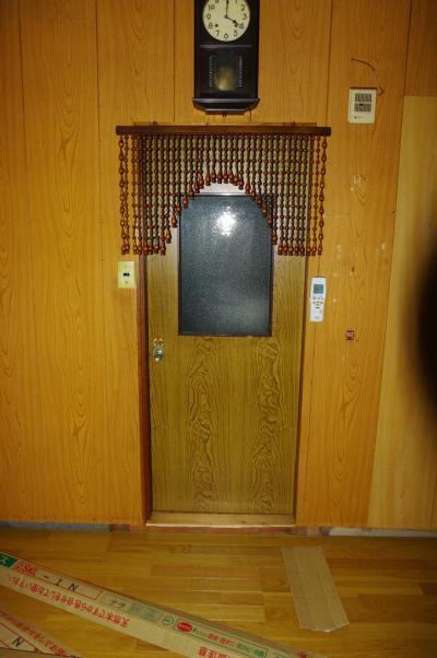 64 生口島 N様邸 リフォーム(タカラキッチン(L型)、クロス張替、床張替、天井張替、額縁塗装) べんりMAN 15