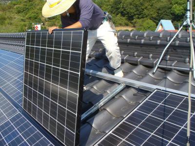 035 生口島 T様邸 京セラ太陽光発電(5.95KW)設置工事 正義の味方 べんりMAN 15