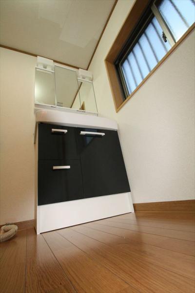 098 生口島 I様邸 ユニットバス松コース タカラスタンダード伸びの美容室(1617)、脱衣場増築リフォーム、複層ガラスサッシ工事  正義