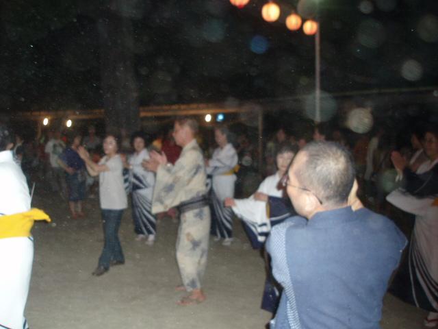 10-8-5 盆踊り 022