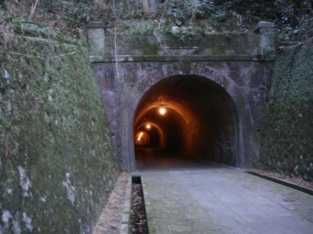 宇津ノ谷隧道