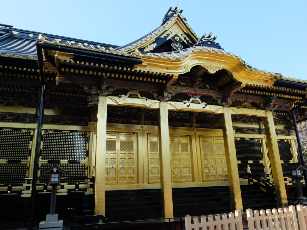 拝殿の正面_2