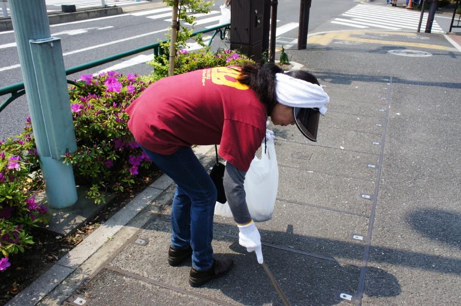 2012-05-06小豆沢北町会月例クリーン活動