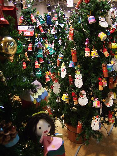 サッポロファクトリー 館内 クリスマスツリー