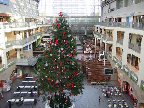 サッポロファクトリー アトリウム クリスマスツリー