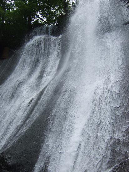 滝野すずらん丘陵公園 鱒見の滝