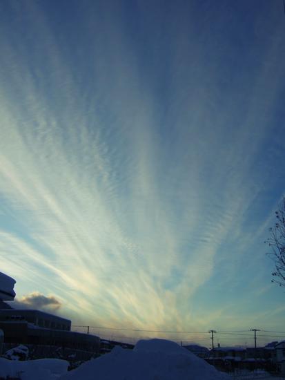 札幌 夕方 流れる雲