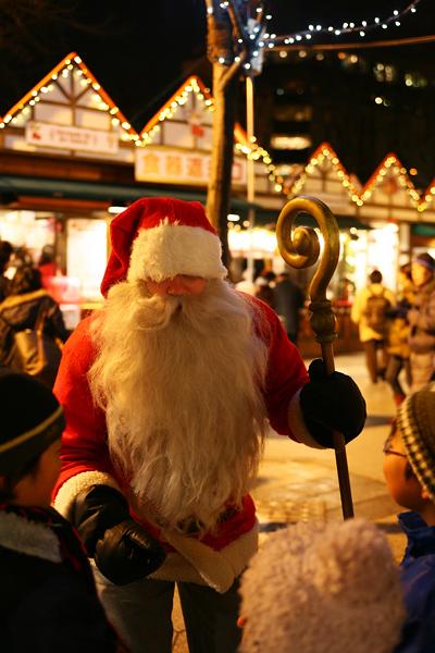 さっぽろホワイトイルミネーション ミュンヘン・クリスマス市 in Sapporo  サンタクロース