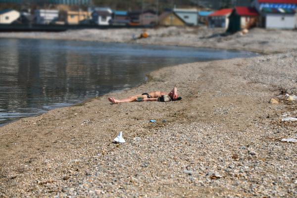 東小樽海水浴場 外人 日焼け
