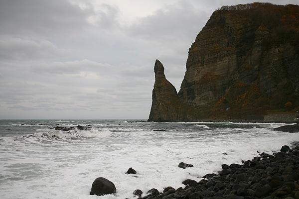 積丹半島 セタカムイ岩