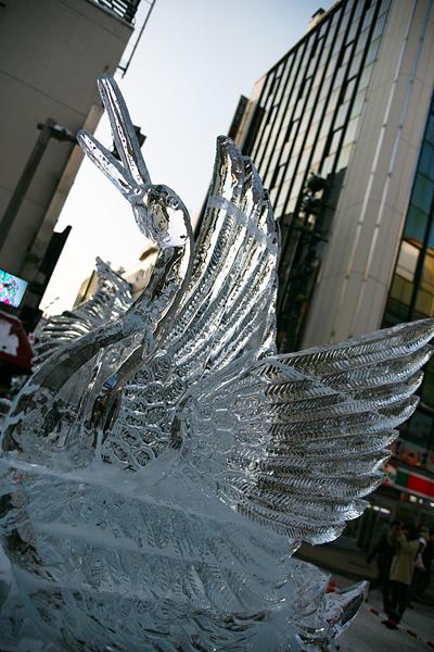 第33回すすきの氷の祭典 白鳥