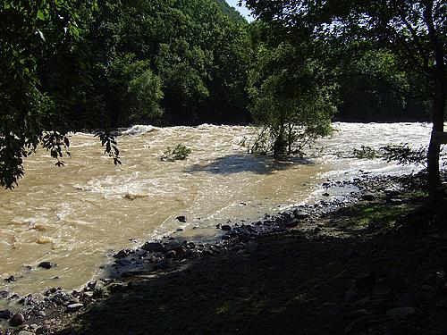 十五島公園 豊平川 バーベキュー場 洪水