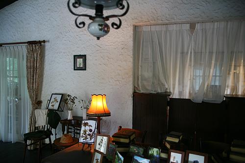 風のガーデン グリーンハウス 白鳥家 室内