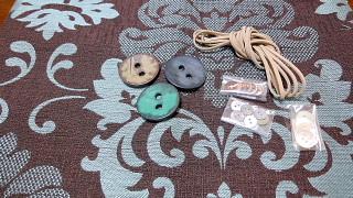 布とボタン