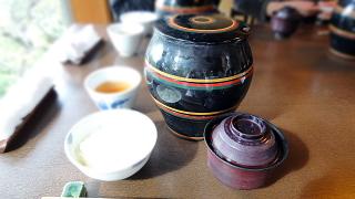 茶つぼ三段弁当.jpg