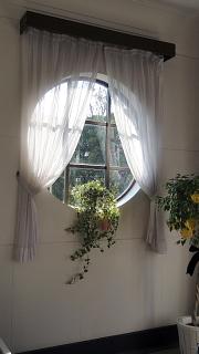 イギリス館窓2.jpg