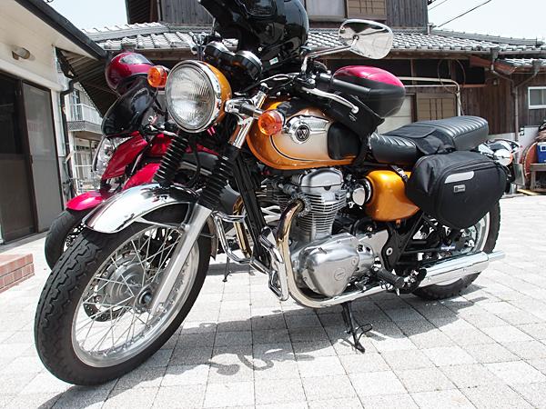 W800とER-4n