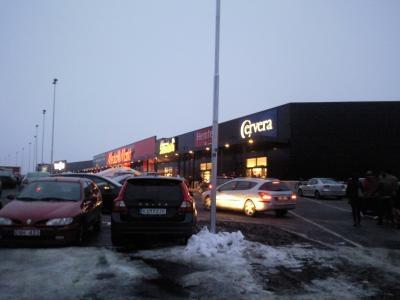 駐車場もいっぱい