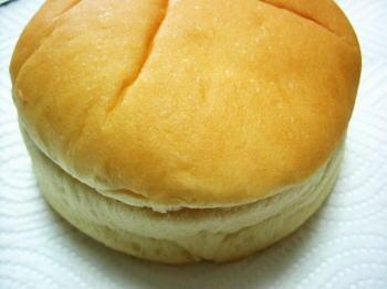 パンはふわふわしっとり♪