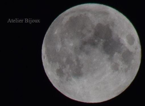 039-皆既月食