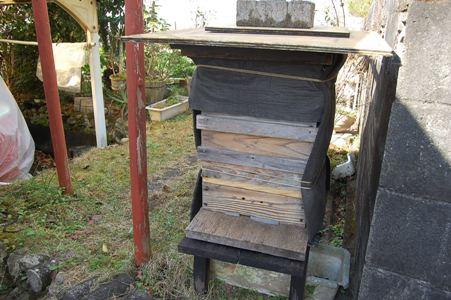 日本蜜蜂防寒処理