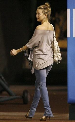 kate-hudson-and-vintage1-motorcycle-zipper-skinny-jeans-in-blue-exhaust.jpg