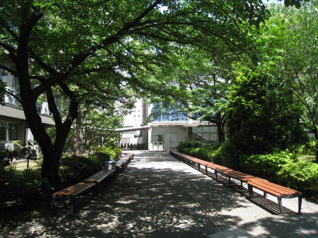 青山学院大学 020