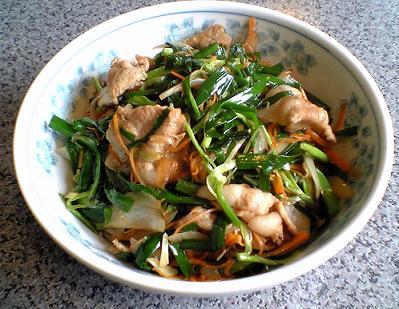 光福亭「豚ニラ丼」