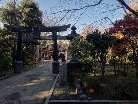 江島神社・奥津宮