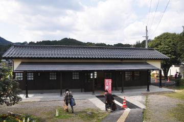 新駅舎_大鶴(8)