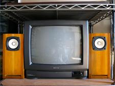 CREATOR'S VOICE  開発マンの独り言-防磁バスレフとテレビ
