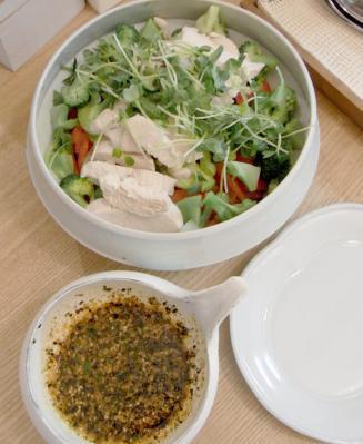 野菜たっぷり、たくさん食べました!棒棒鶏 醤油ダレ