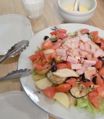 ハムとジャガイモのサラダ