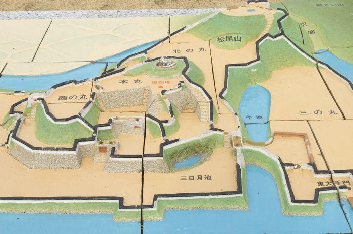 横須賀城跡12-2-23-4