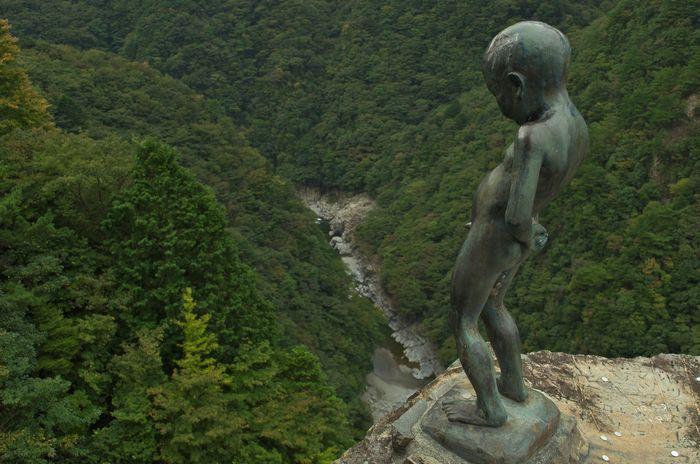 12-11-10-1祖谷峡ショーベン小僧