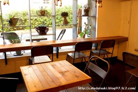 CAFE DE TETE◇店内