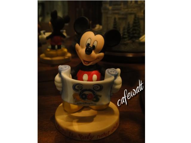 Mickey Figure WDW 2005 4