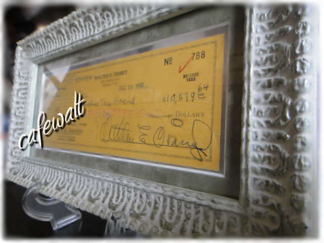 Walter E Disney autograph(signed check)