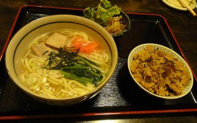 じーる 沖縄ソバ定食