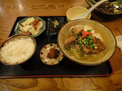 琉球村 定食
