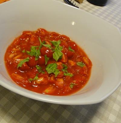 p トマト