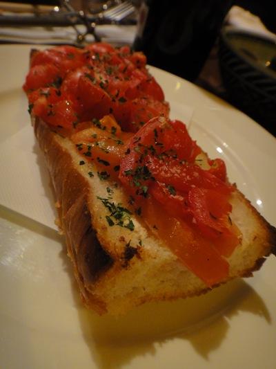 ラマンチャ トマトのせガーリックトースト アンダルシア風
