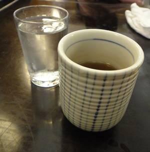 だんらん亭 お茶と水