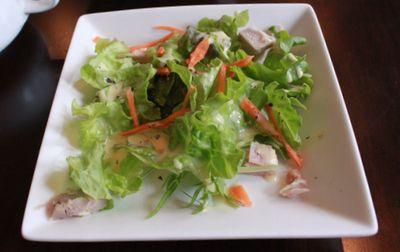 ウメチ サラダ