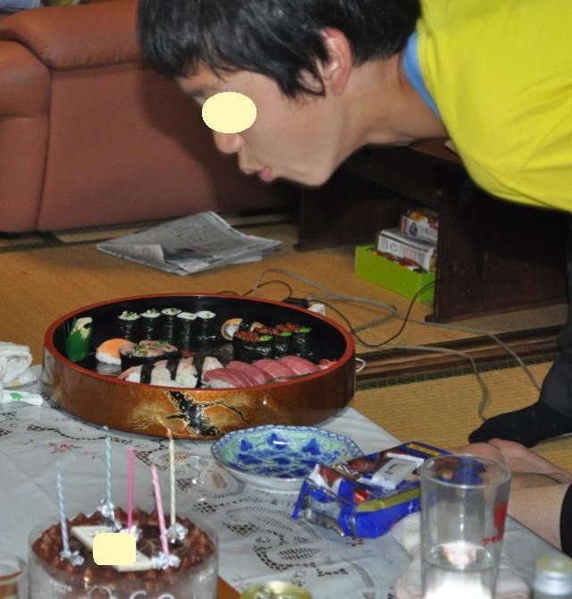 チビ兄誕生日ケーキ